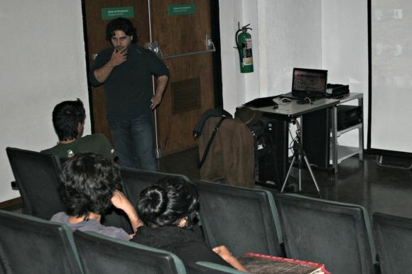Organización estudiantil: Animoción