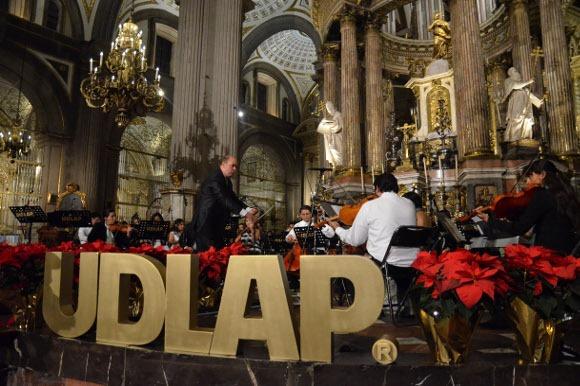 Coro UDLAP presenta emotivo Concierto de Navidad en la Catedral de Puebla