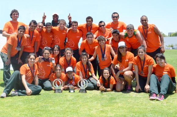 Atletismo Azteca cierra 2013 con 9 medallas de oro
