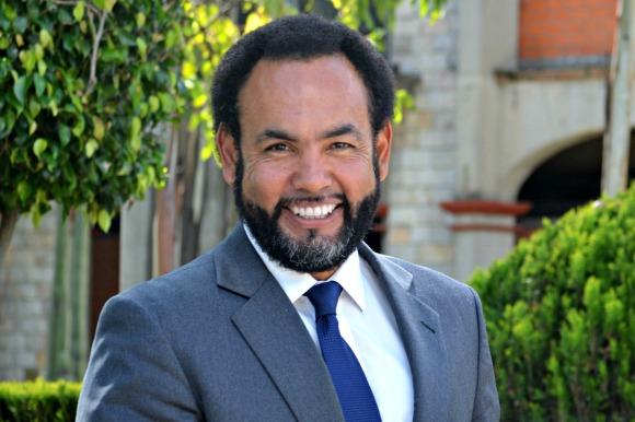 Lo más relevante en Tecnología en 2013 : Mtro. Fernando Thompson