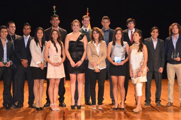 Aztecas UDLAP exitosos en lo deportivo y en lo académico