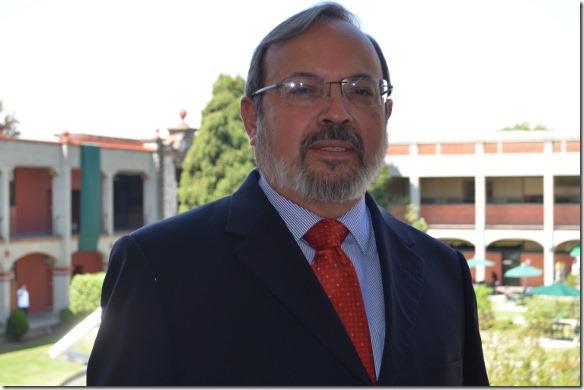 Dr. Polioptro Martínez