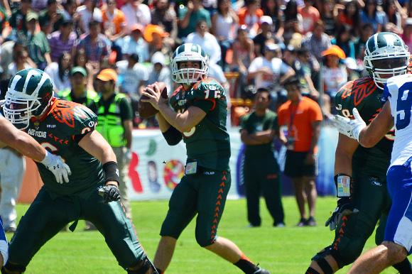Aztecas UDLAP ganan trofeo a lo mejor del fútbol americano