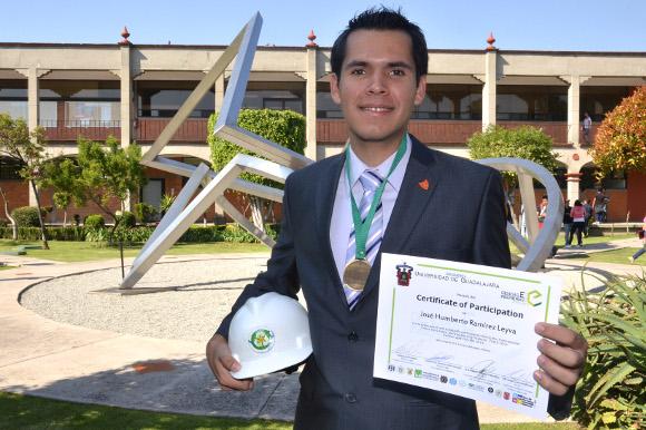 Estudiante de la UDLAP participa en congreso internacional