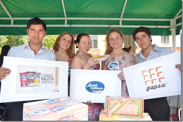Estudiantes de la UDLAP innovan junto a empresa galletera