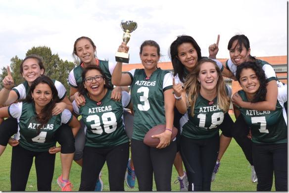 Aztecas de tocho bandera son nuevamente campeonas