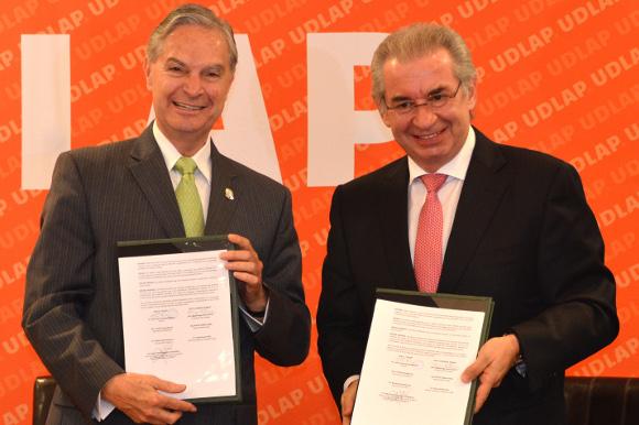 UDLAP y Hospital Puebla firman convenio de apoyo mutuo