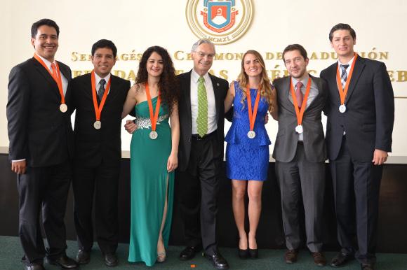 Graduación UDLAP: 70 generaciones de excelentes profesionistas