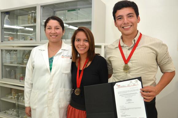 Alumnos de la UDLAP primer lugar en la ExpoCiencias Puebla 2014