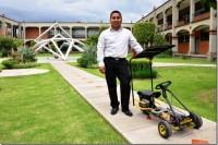 Egresado UDLAP crea auto eléctrico infantil