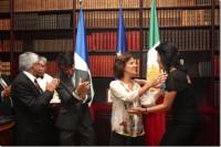 Académica de la UDLAP recibe la condecoración Caballero de la Orden Nacional al Mérito