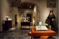 Biblioteca Franciscana UDLAP presenta exposición de libros bilingües