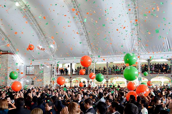 Más de mil cien profesionistas forman la Generación del 75 Aniversario UDLAP