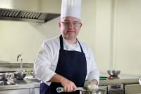 Catedrático UDLAP promueve uso de flores en gastronomía