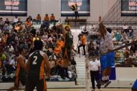 Aztecas voleibol obtienen su primera victoria en el Final Four