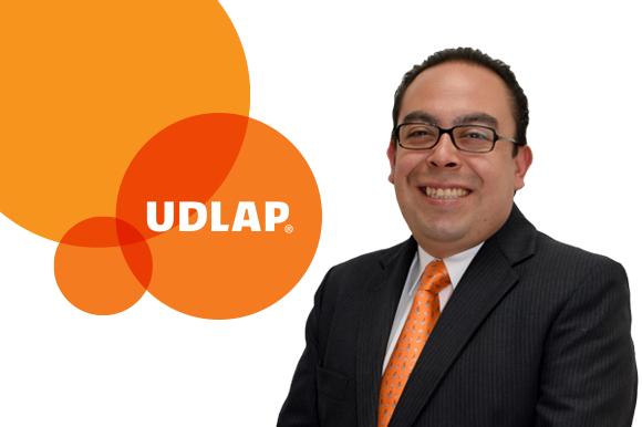 Dr.-Einar-Moreno-Quezada-web