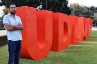 Egresado de la UDLAP realiza proyecto innovador para crear suelas piezoeléctricas con nanomateriales