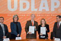 UDLAP y Biomédica suscriben convenio de colaboración