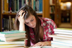 Maneja el estrés en temporada de exámenes finales