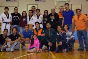 Entrenador Azteca condecora sus 35 años de carrera
