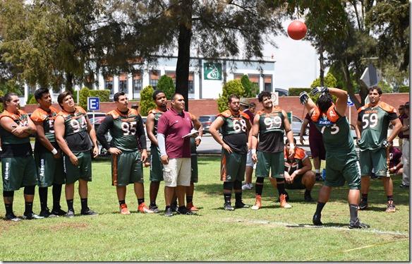 Los Aztecas UDLAP cumplieron con el Big Men Challenge