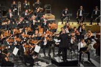 Artista UDLAP dirige a la Filarmónica 5 de Mayo