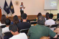 Piloto profesional plática con estudiantes de la UDLAP sobre importancia de generar una buena cultura vial