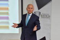 El secretario técnico del Sistema Estatal Anticorrupción, imparte cátedra a estudiantes de Derecho, en el marco del convenio suscrito por la UDLAP y el Tribunal de Justicia Administrativa del Estado de Puebla