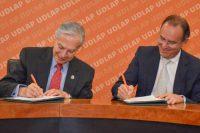 UDLAP y la Asociación de Agentes Aduanales del Puerto de Veracruz signan convenio de colaboración