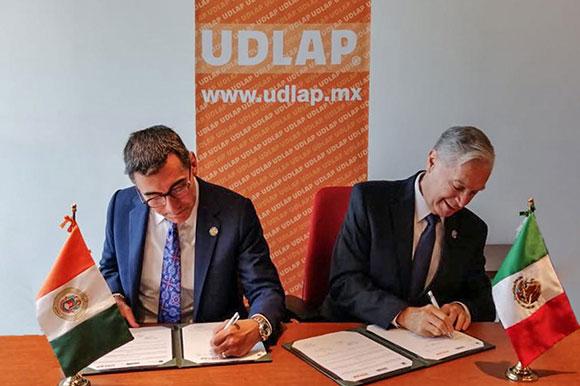 La UDLAP y Alamo Colleges District firman acuerdo binacional
