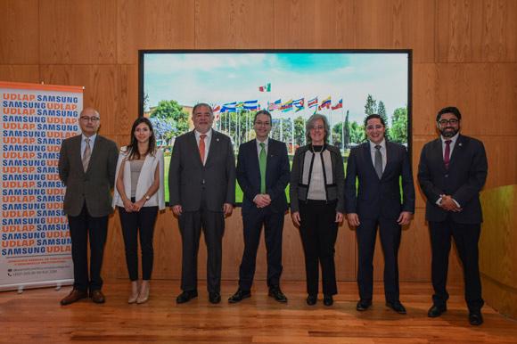 Samsung Electronics México equipó a la Universidad de las Américas Puebla