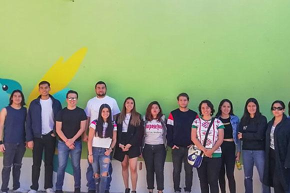 Estudiantes de Arquitectura de la UDLAP mejoran imagen urbana del Barrio de Jesús Tlatempa